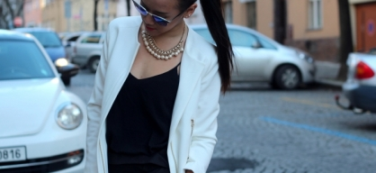 CASUAL MONCHROME | look